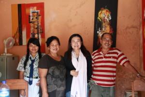 ウブドの食堂の家族