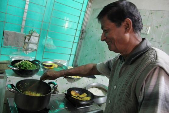 インドで僧侶をしているおじさま