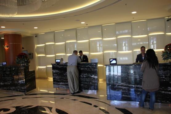 ドバイのホテルのエントランス