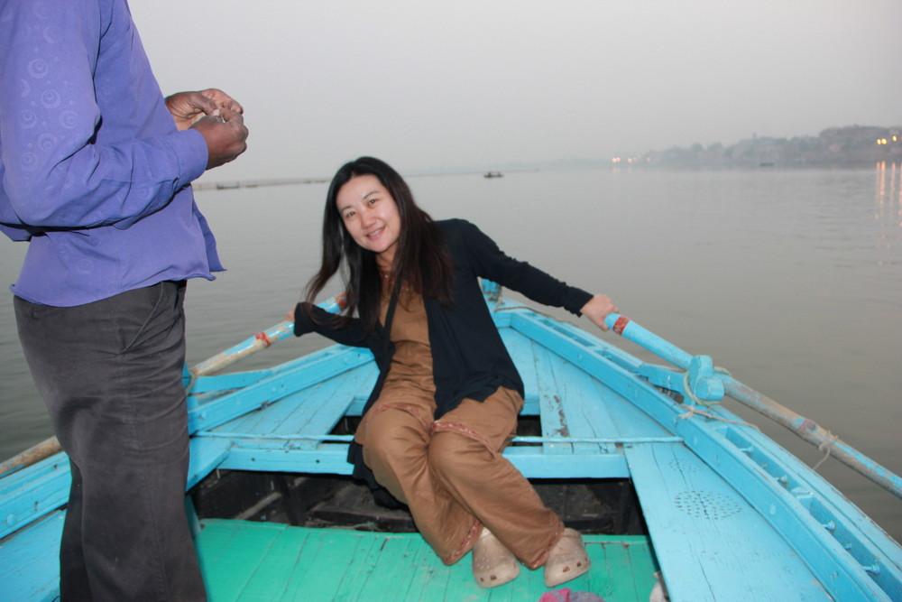 ガンジス河でバタフライ?ガンジス川とムケさんと私