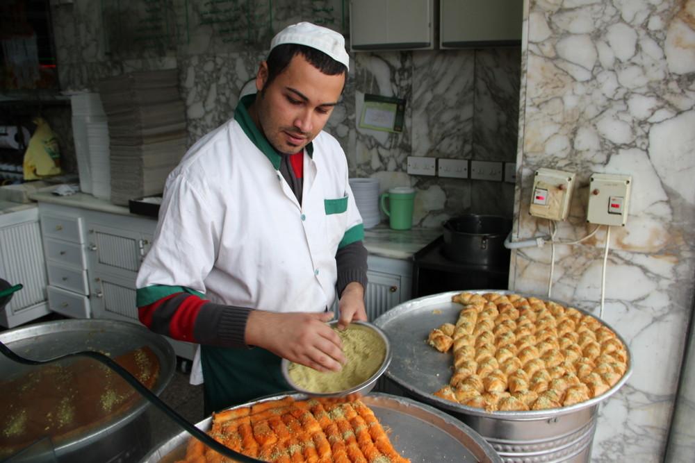 【ヨルダン料理】ヨルダンの食事って?ヨルダンB級グルメ特集