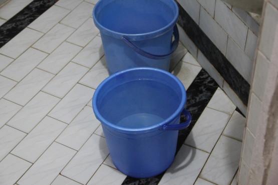 ホットシャワーがでずお湯を沸かしてくれた