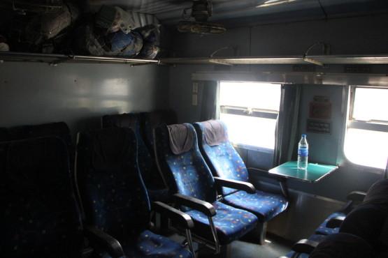バングラデシュに向かう列車