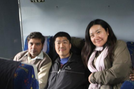 バングラデシュに向かう列車の中で