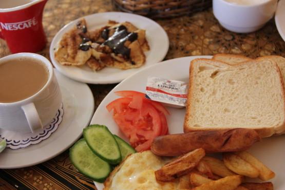 ホテルの無料朝食