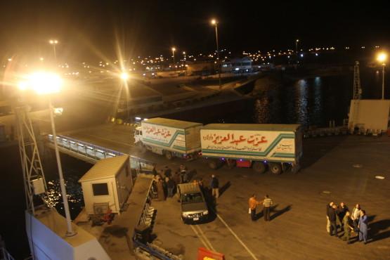 ヨルダンからエジプトへ向かう船