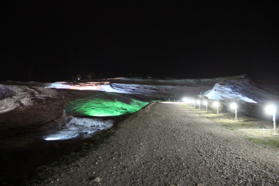 夜のパムッカレ