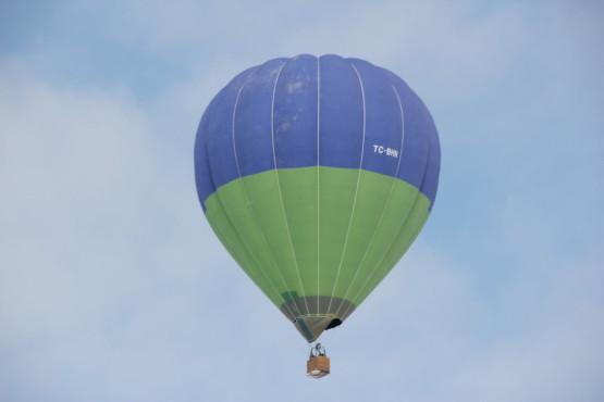 カッパドキアを気球に乗って上から見ることも出来る