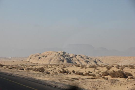 砂漠の入り口