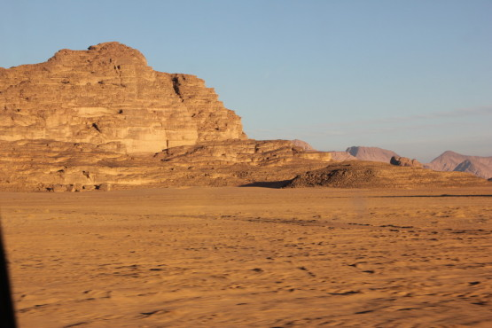 ワディラム ヨルダンの砂漠