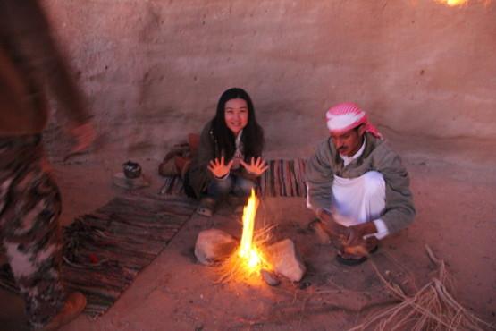 ワディラム ヨルダンの砂漠でのキャンプ