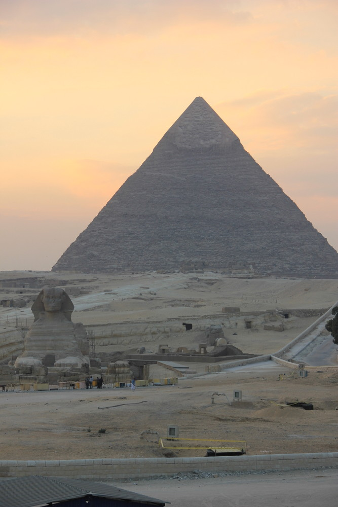【エジプトカイロ観光の目玉】ギザのピラミッドへ
