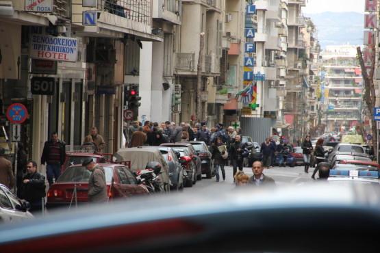アテネ観光中に出会ったデモ隊と警察