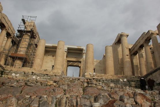 パルテノン神殿入り口