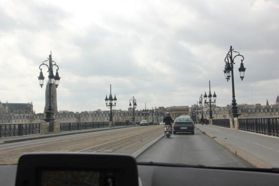 フランスをドライブ中