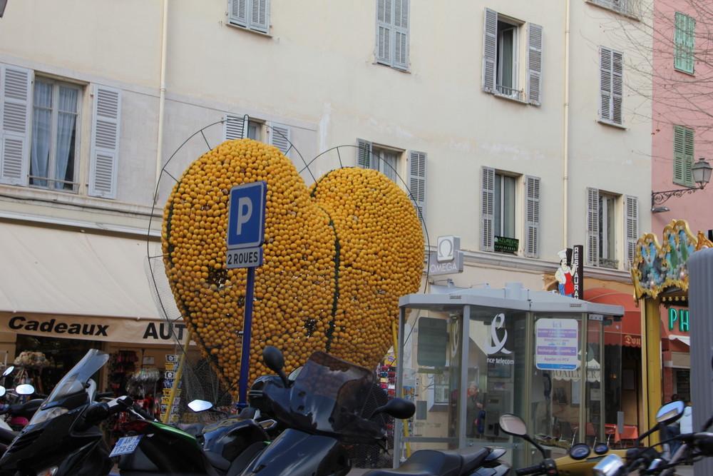 フランスからモナコへ~モナコの街はお金持ちしかいない街だった~