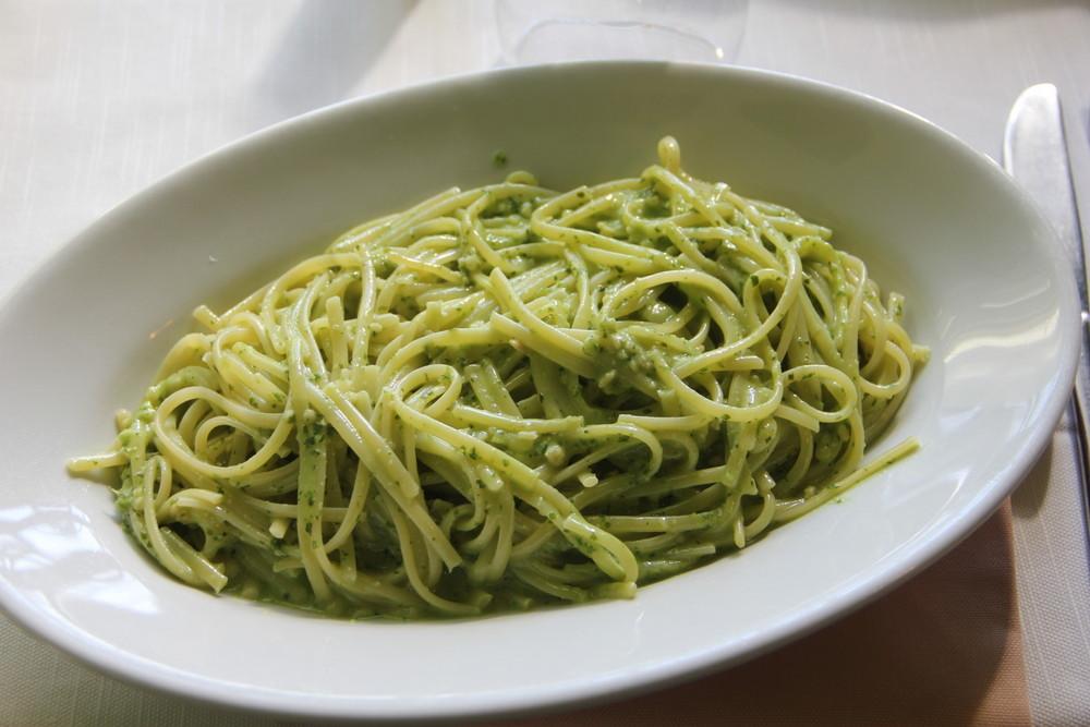 イタリアをドライブ中立ち寄ったレストラン 本場のジェノベーゼ 最高!