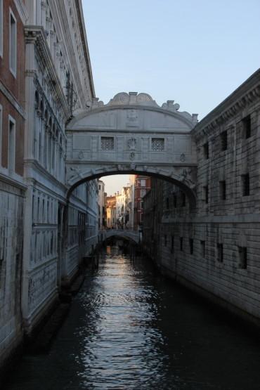 カップルに人気の橋