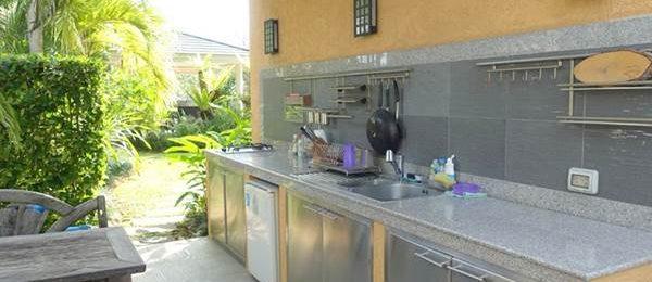 タイの家にはキッチンがない!?タイ式住居のキッチンは無いか屋外にあるかだった